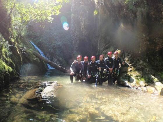 Barranquismo o descenso de cañones en Asturias - Los Cauces MultiAventura