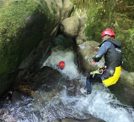Barranquismo a distintos niveles en Asturias. Los Cauces MultiAventura.